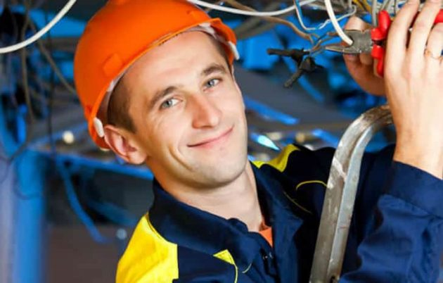 electrician-on-duty-smiling